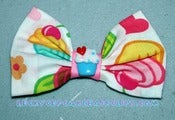 Image of Surprise Cupcakeriffic Bow