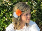 Image of Set of two bows: Orange/White