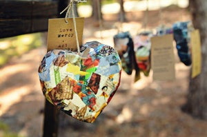 Image of Single Paper Heart Ornament/Adornment