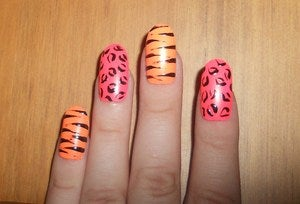 Image of FLURO-ANIMAL NAILS!!!