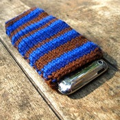Image of Deep Sea Blue iPhone/iPod Snuggle