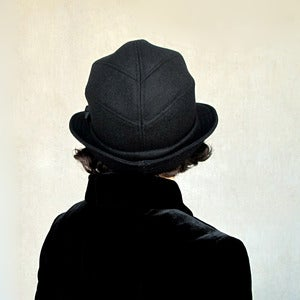 Image of Salmagundi in black wool & cashmere