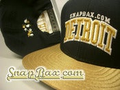 Image of VINTAGE NEW ERA DETROIT NAVY &amp; METALLIC GOLD SNAPBACK
