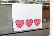 Image of tea towel - hearts