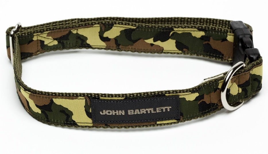 Image of OLIVE TINY TIM CAMOUFLAGE DOG COLLAR