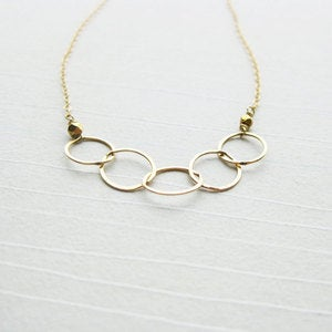 CINQ | Harper Street :  necklace gold circles metal