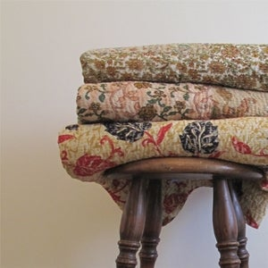 Image of Libertys Inspired Daisy Vintage Throw