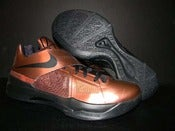 "Image of Nike KD IV ""Copper Christmas"""