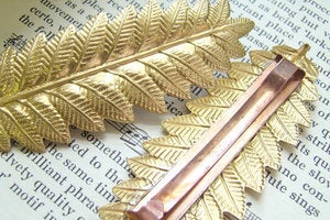 Image of Gold Leaf Hair Clip