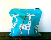 Image of Yarn Pop - Turquoise Giraffes (Single)