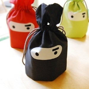 Image of Mask bunny pouch M