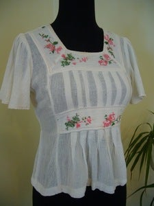 Image of 70s embroidered cotton top
