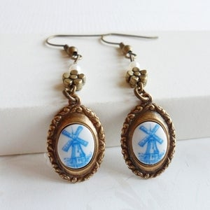 Image of Vintage Keepsake Earrings