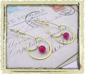 "Jewelry: ""Sara"" in Fuchsia"