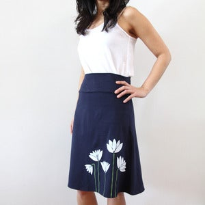 Image of Cotton Blend A-Line High Waisted Skirt with Lotus Print (Navy)