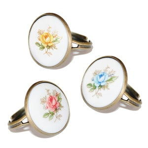 Image of Vintage Tea Rose Rings
