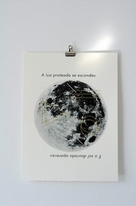Image of moon print