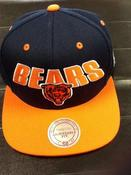 Image of Chicago bears SnapBack Mitchell and ness Green bottom
