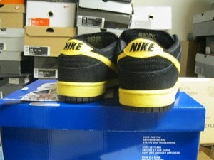 "Image of SB Dunk Low Premium QS ""Black and Tans"""