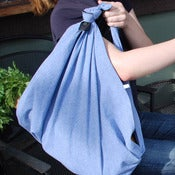 Image of Chambray Lined Market Tote and Picnic Blanket