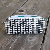 Image of pencil pouch - black houndstooth