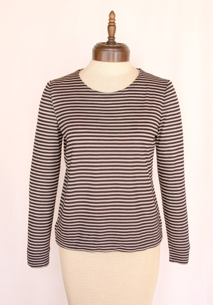 Image of stripe long sleeve crew knit top