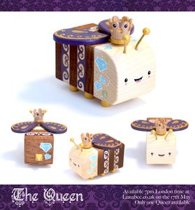 Image of The Queen - Woodbee Pepe Hiller x Lunabee collab