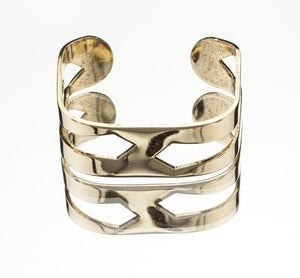 Image of SQUARE CUT-OUT CUFF