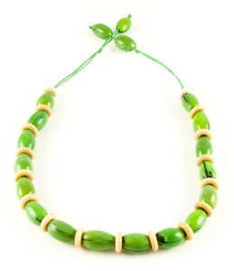 Image of Camajuro Natural Necklace Green