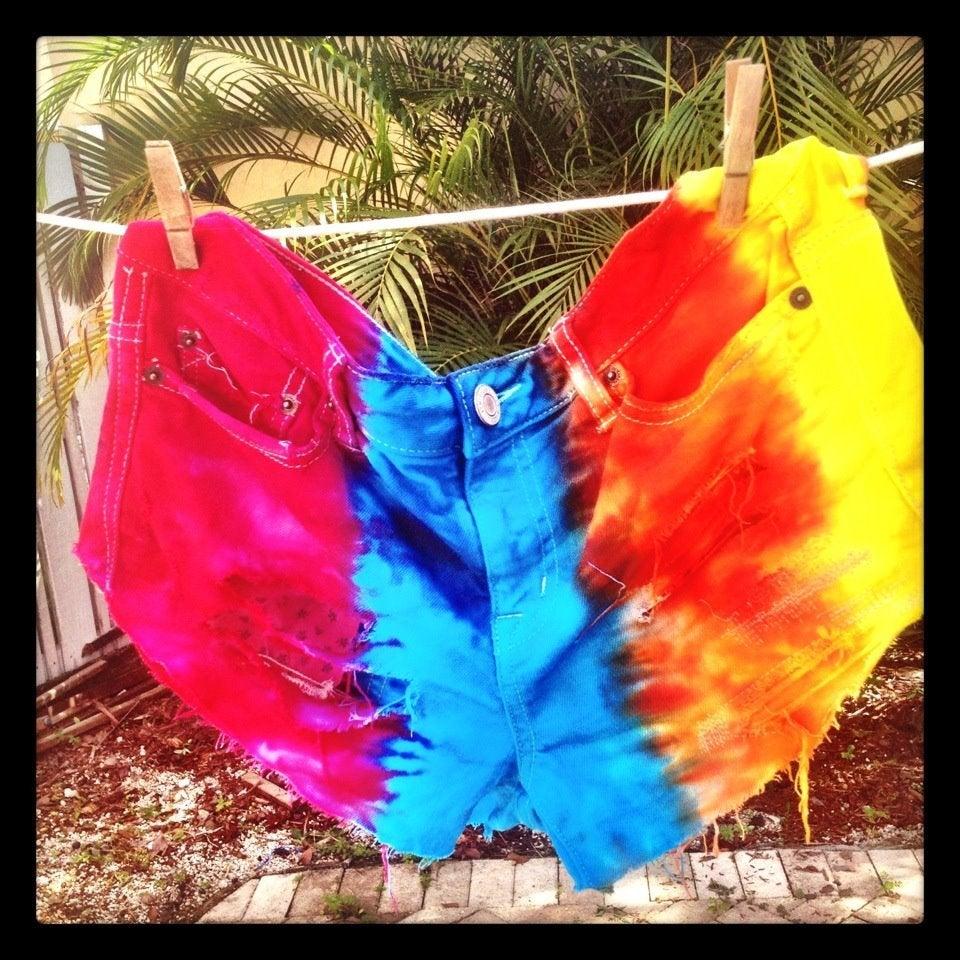 Image of SLS skittles shorts