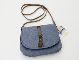 Image of --SOLD OUT-- small cross-body bag in chambray blue with leather tassel
