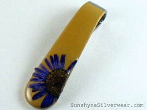 Image of Spoon Handle Pendant: Brown with Purple English Daisy