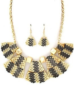 Image of Black & Gold ZigZag Necklace Set