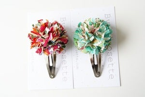 Image of Barrette pompon en Liberty of London Betsy (2 coloris)