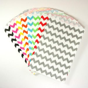 "Image of Chevron Medium Treat/Goody Bags (5""x7.5"")"