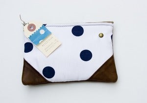 Image of -SOLD OUT-  small deep navy + white polka dot print zip purse with leather corners