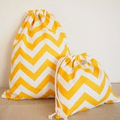 Image of Drawstring bag set - yellow chevron