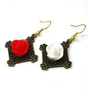 Image of War Of The Roses Earings