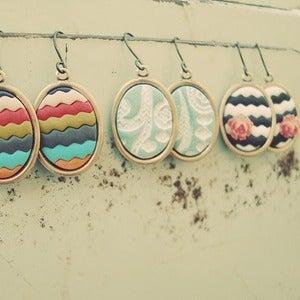 Image of chevron rose thumbprint earrings