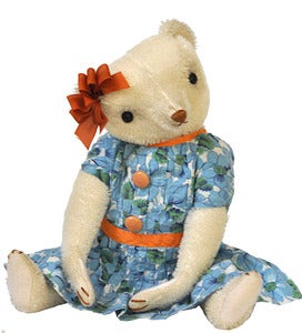 Image of LILLY in HER SUMMER DRESS
