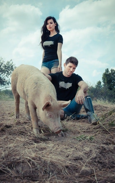 "Image of *LIMITED EDITION* GUYS JOHN BARTLETT + FARM SANCTUARY ""AMBASSADOR COLLECTION"" PIG TEE"
