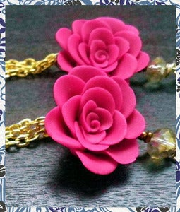 Image of Violet Rose w/ chain