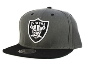 Image of Oakland Raiders Snapback in Charcoal