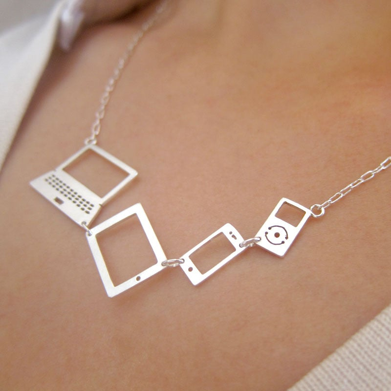 computer necklace