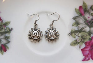 Image of Sun Earrings