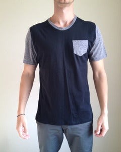 Crew Neck w/ Pocket Grey