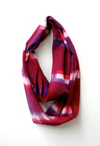 Image of berry stripe shibori cowl - small
