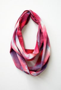 Image of pink/blue grey chevron shibori cowl