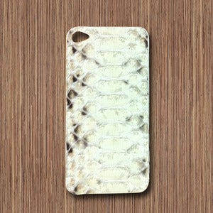 Image of Apple iPhone 4/5 Snakeskin Skin