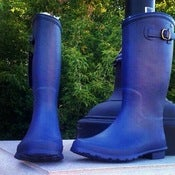 Image of emu rain boots